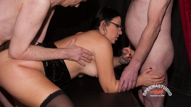 Sperma-studio.com- Ashley Dark start her second round - Spermastudio