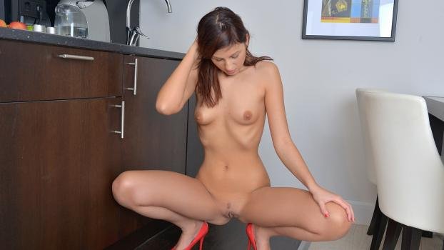 Nubiles.net- Now Watching - Excite Me