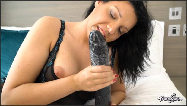 Transgasm.com- Fine Assed Nikki Loves To Play