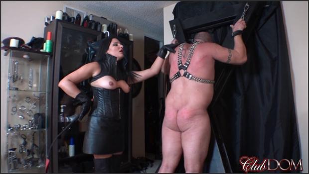 Clubdom.com- Michelle_s Pleasure Slave 3: Whipped