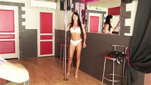 jacquieetmicheltv-20-08-15-aline-36-years-old-french.jpg