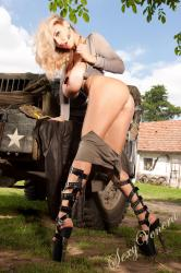 sexyvenera-army-jeep-22.jpg