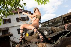 sexyvenera-army-jeep-35.jpg