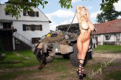sexyvenera-army-jeep-38.jpg