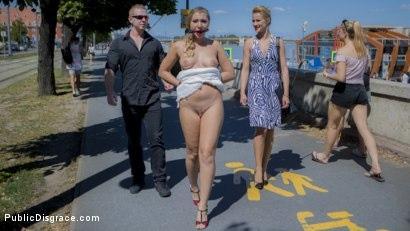 Kink.com- Sexy Serbian Submissive Anal Slut Vyvan Hill
