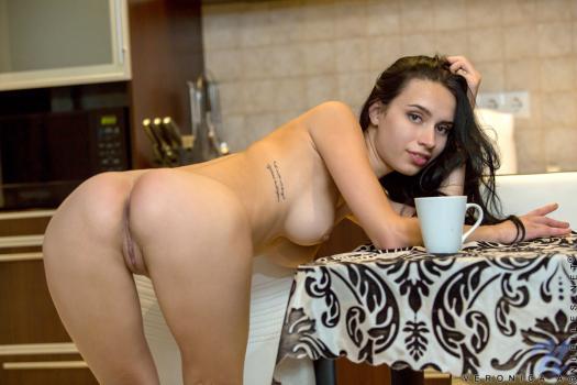 Nubiles.net--Photo- Morning Orgasm