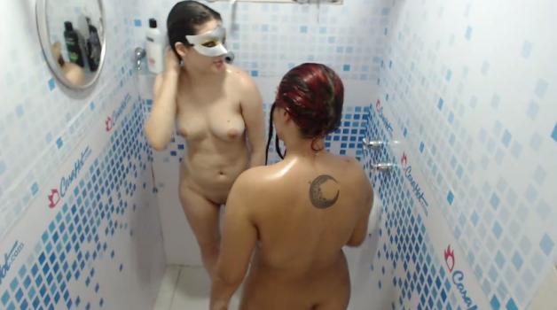 Voyeur-house.tv- Red  blond shower
