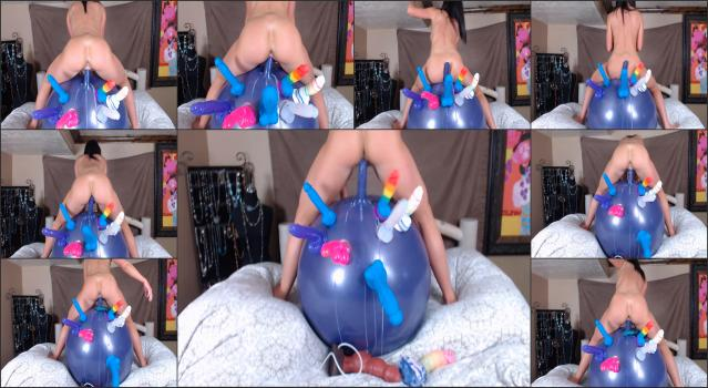 Onlyfans_Manyvids - britneybaby_18_teen_takes_her_hopper_ball_to_the_bed