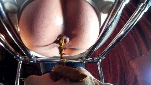 Scat_Femdom- Beautiful Video Scat - Mistress Gina and toilet slavery Today