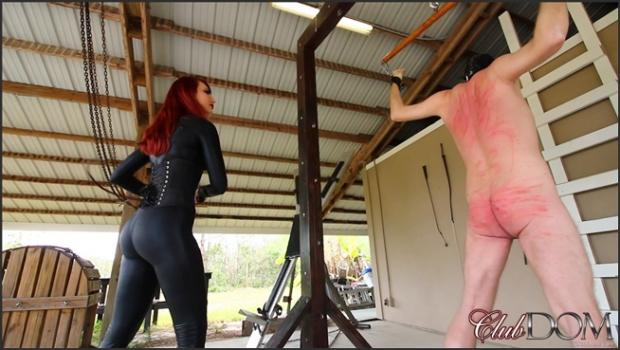 Clubdom.com- Kendra Punishes Her Slave: Whipping
