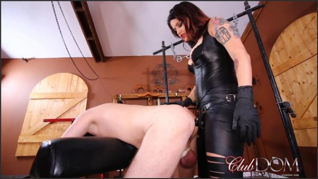 Clubdom.com- Miss Ropers Dungeon Slave: Strap On Fucked