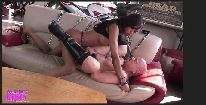 Tgirl-network.com- Biker Bitch