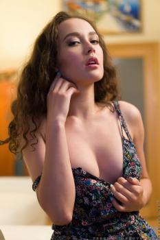 Nubiles.net--Photo- Hot Babe