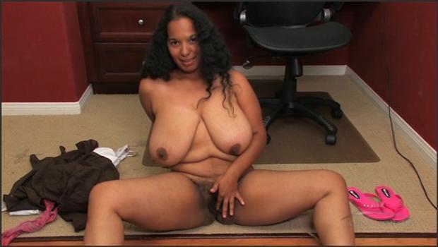 Auntjudys.com- Delilah gets naked