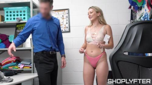 [Shoplyfter com] - 2020 09 09 - Adira Allure - She Can't Stop Stealing (720p)