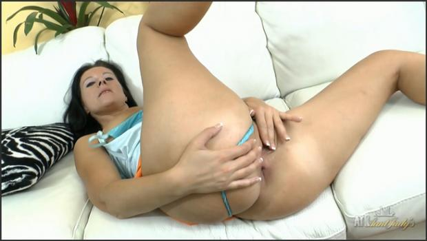 Auntjudys.com- Jana loves to masturbate with her fingers