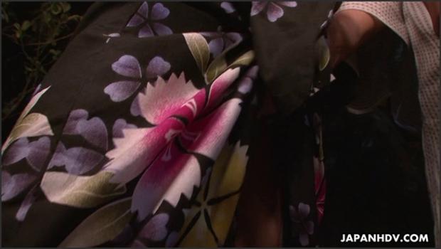 Japanhdv.com- Eri Hoshikawa sucks cock during a summer festival