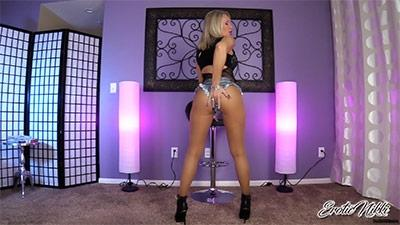 Eroticnikki.com- Cum For Me Ass Addict