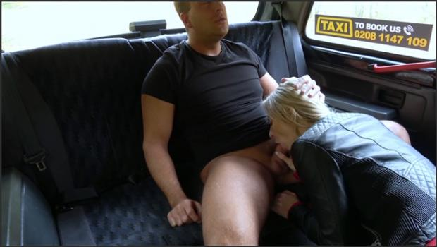 Fakehub.com- Wet pussy licked for free taxi trip