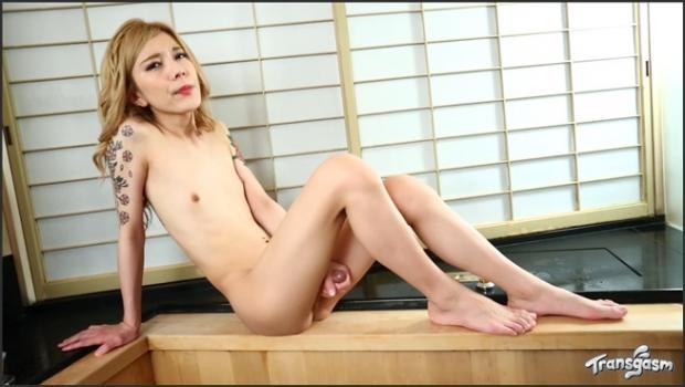 Transgasm.com- Chuling Cums For You