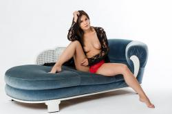 zoyaechaiselongue_007_erotic-art-photography_gallery.jpg