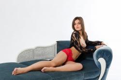 zoyaechaiselongue_013_erotic-art-photography_gallery.jpg