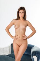 zoyaechaiselongue_028_erotic-art-photography_gallery.jpg