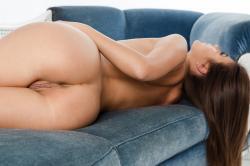 zoyaechaiselongue_053_erotic-art-photography_gallery.jpg