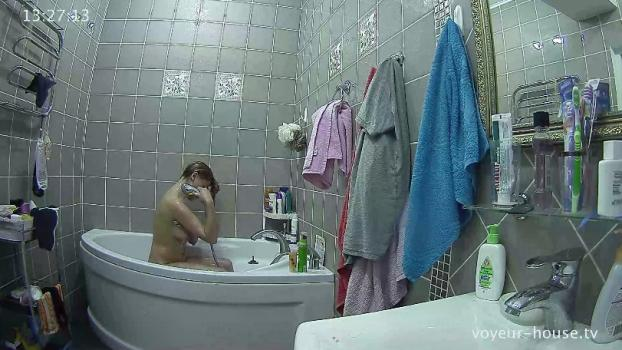 Voyeur-house.tv- Blond guest shower